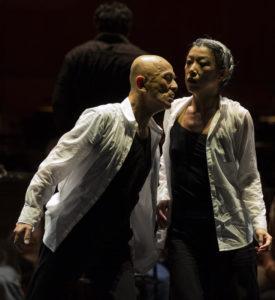 MICHEL CAVALCA | Saburo Teshigawara i Rihoko Sato convertint en coreografia la <em>Simfonia fantàstica</em> de Berlioz amb l'Orquestra Nacional de Lió