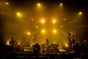 NICOLAS JOUBARD | Els ugandesos de Nihiloxica valent-se de les seves percussions per encendre el pavelló techno del festival