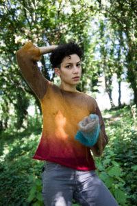 JUDAS COMPANION | La música tunisiana Deena Abdelwahed, sense màscara