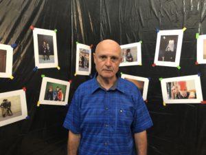 VICENÇ BATALLA | Miguel Trillo, a la reproducció de l'exposició <em>Fotocopias. Madrid-Londres</em> del 1983, que s'ha fet al palau de l'Arquebisbat d'Arles