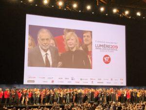 VICENÇ BATALLA   La clausura del Festival Lumière, amb Coppola i l'actriu francesa Aurore Clément, abans de la projecció d'Apocalypse now final cu