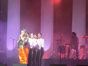 VICENÇ BATALLA | La greco-sudanesa Marina Satti amb les seves quatre ballarines al Transmusicales, el 5 de desembre
