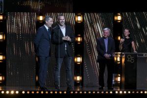MAXIME BRAULT/STARFACE   Les acteurs français Gad Elmaleh et grec Christos Loulis rendant hommage au réalisateur Costa-Gavras, à droite