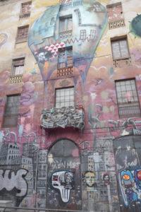 MATHIEU DAVID | La casa Tarragó, al carrer del Comte Urgell amb Floridablanca, quan estava ocupada com a La Carbonera