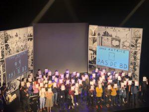 VICENÇ BATALLA | Instante de la ceremonia en el Festival de Angulema 2020 en que los autore·a·s protestan por la precariedad en su trabajo