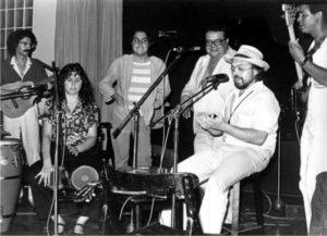 PICAP | En acción Gato Pérez, que en los setenta inventó la etiqueta <em>rock layetano</em> en torno de la primera sala Zeleste