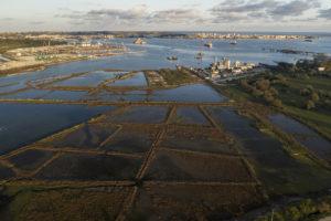 ELENA CHERNISHOVA/PANOS PICTURES | Dans la baie d'Augusta, en Sicile, se sont cumulés 18 millions de mètres cubiques de boues toxiques du complexe pétrochimique de l'île