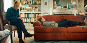 CAROLE BETHUEL/LES FILMS DU POISSON/ARTE | El psicoanalista Philippe Dayan (Frédédic Pierrot) y la paciente Ariane (Mélanie Thierry) en <em>En thérapie</em>