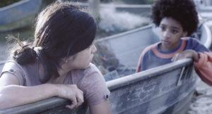 ARXIU | Les dues nenes protagonistes del curtmetratge guanyador a Cinélatino Menarca, de la brasilera Lillah Halla
