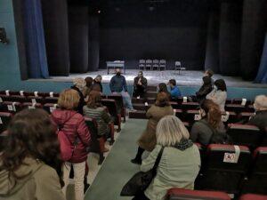FRANÇOIS VILA | El encuentro con espectadores tras la representación de <em>La màgia lenta</em> en el Teatre Comtal de Ripoll