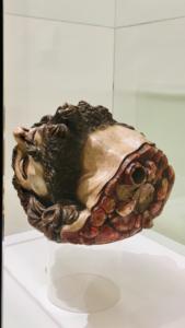 ANGÉLICA LIDDELL | La escultura <em>La cabeza de San Juan Bautista</em>,de Gaspar Núñez, que la autora fotografió en el museo de Bellas Artes de Sevilla para <em>Liebestod</em>