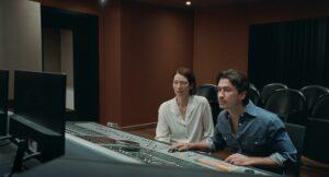 KICK THE MACHINE | Tilda Swinton y Juan Pablo Urego, intentando encontrar en un estudio de grabación el sonido del <em>¡bang!</em> que escucha la primera en <em>Memoria</em>