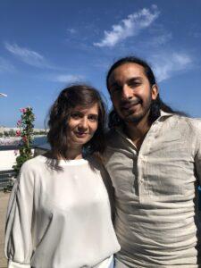 VICENÇ BATALLA | La realizadora Teodora Ana Mihai y el novelista Habacuc Antonio De Rosario, coguionistas de <em>La civil</em>, en el Palacio de Festivales de Cannes