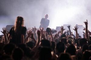 BRICE ROBERT | El públic enfervorit amb la sessió de Laurent Garnier a l'última nit del Nuits Sonores 2021