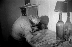 COL·LECCIÓ BARTOLÍ   Josep Bartolí, treballant el 1974